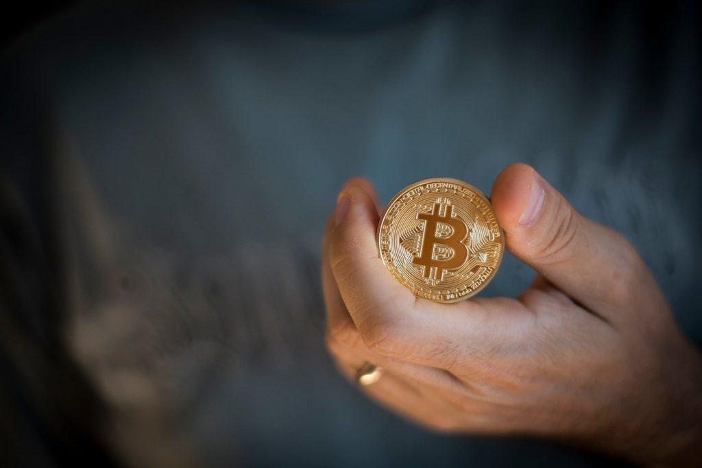 هر بیت کوین باید یک میلیون دلار شود تا بتوان از آن به عنوان پول قانونی استفاده کرد