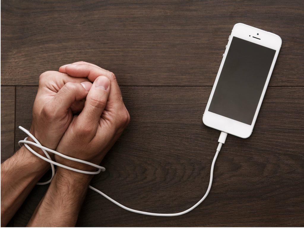 آیا ارزهای دیجیتال در مبارزه با اعتیاد نقش دارند؟