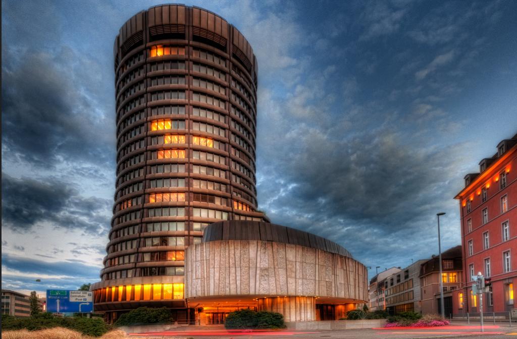 پدر بانکهای مرکزی جهان خواستار نابودی بیت کوین شد
