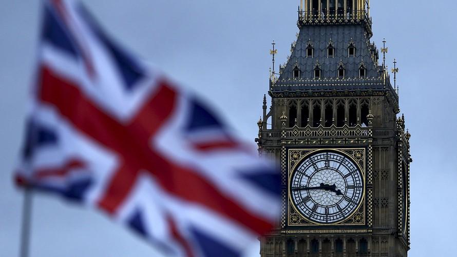 نماینده ارشد پارلمان بریتانیا: بیت کوین یک طرح پانزی غول پیکر است و باید هر چه سریعتر اقدام کنیم!