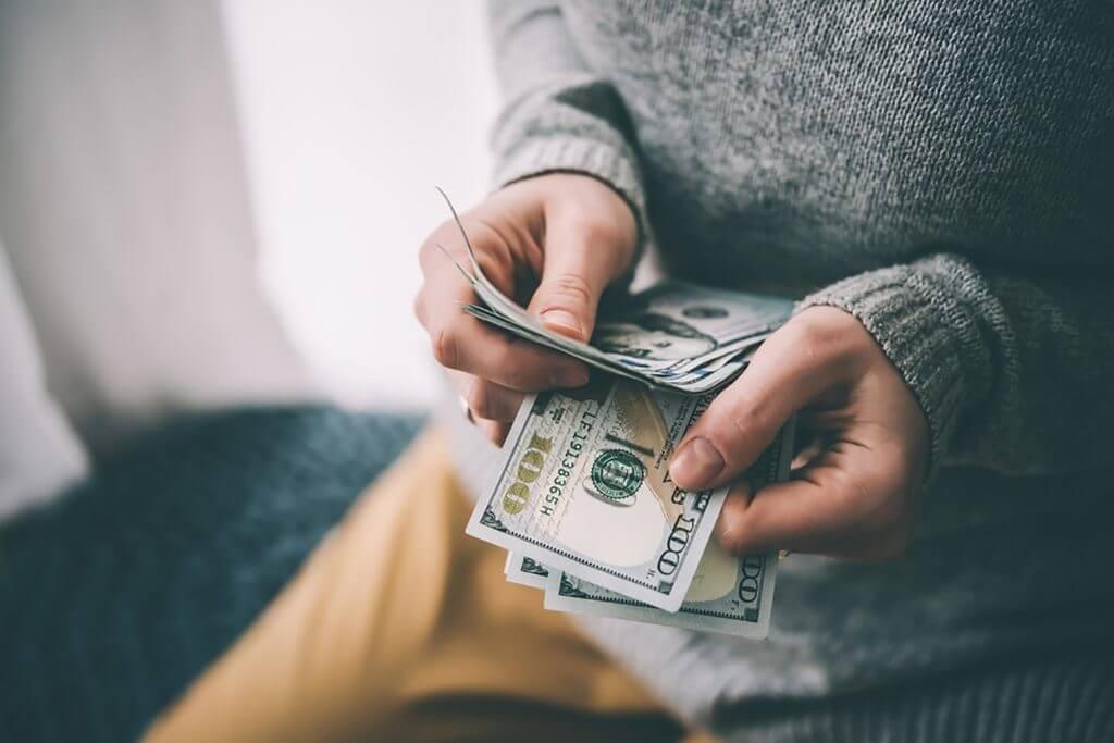 بیت کوین عجیبترین پول دنیا نیست!