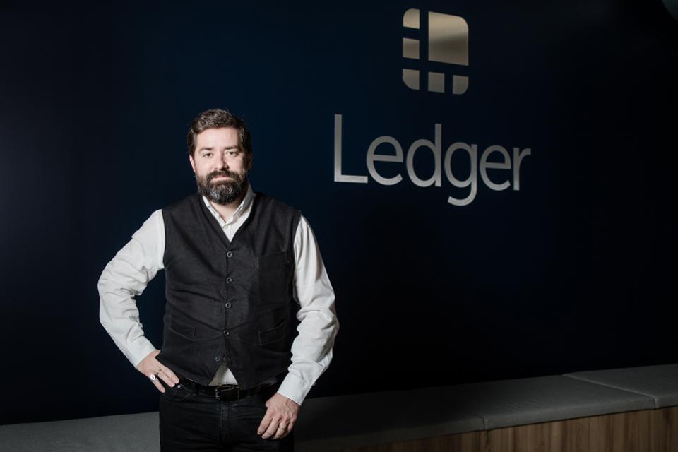 کیف پول ارزهای دیجیتال لجر به کمک موسسات مالی بزرگ میآید