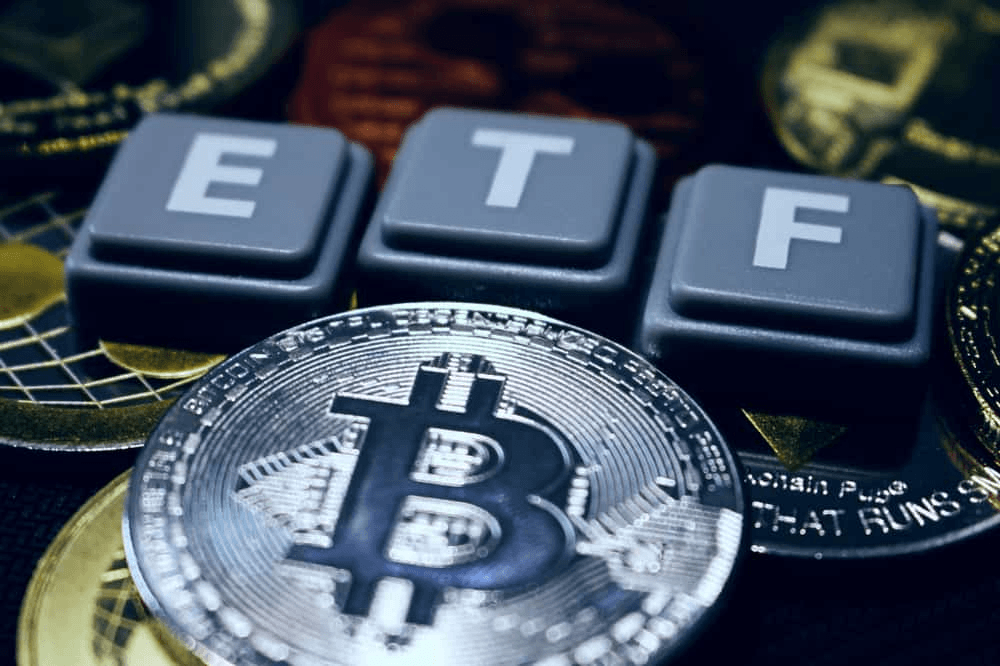 کمیسیون بورس آمریکا 26 اکتبر را به عنوان ضربالاجل بررسی ETF بیت کوین اعلام کرد