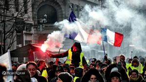 معترضان فرانسه به دنبال خارج کردن پول از بانکها برای فشار به دولت/ چیزی شبیه به رویداد اثبات کلیدها در بیت کوین !