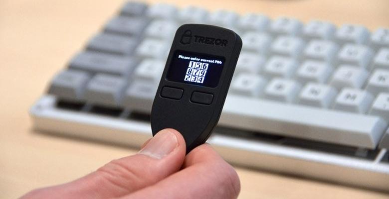 گزارش شرکت لجر از 5 آسیبپذیری جدی در کیف پولهای سختافزاری ترزور