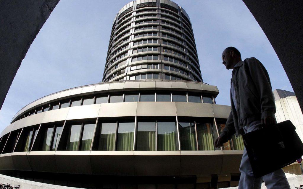 انتقاد رئیس بانک تسویه حسابهای بینالمللی از صدور ارز دیجیتال توسط بانکهای مرکزی