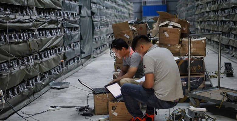 فوری/ چین به دنبال ممنوعیت استخراج بیت کوین
