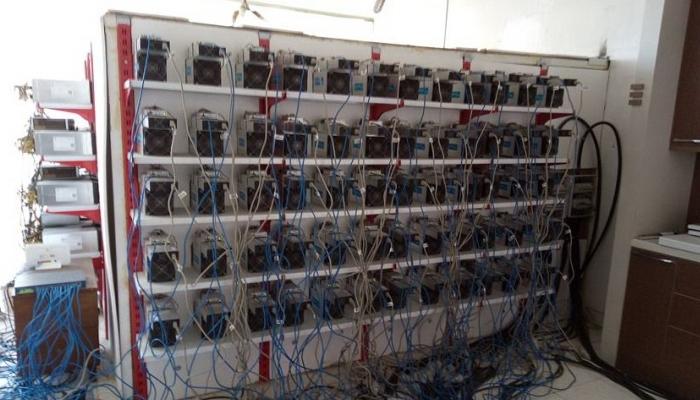 دستگاههای استخراج به شبکه برق کشور آسیب میزنند/ آغاز جمعآوری انشعابات غیرمجاز