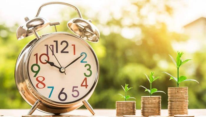 تفاوت سرمایهگذاری در بورس و ارزهای دیجیتال چیست؟