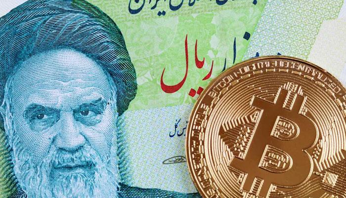 سرمایهگذاری بر روی بیت کوین به یکی از گزینههای جذاب برای ایرانیان تبدیل شده است