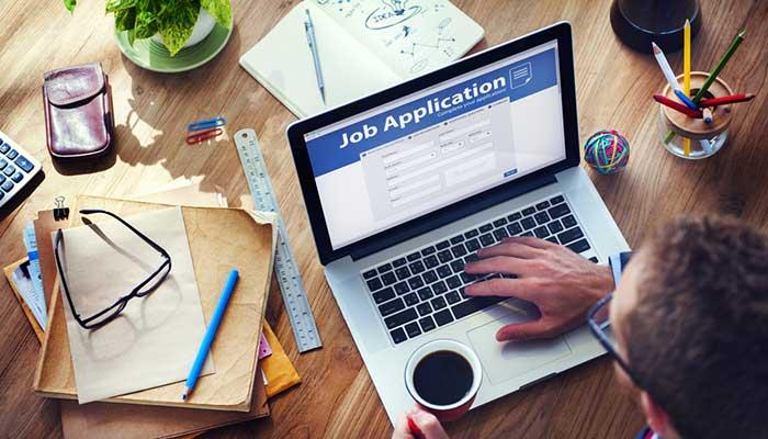 فرصتهای شغلی در بلاک چین متنوعاند و علاوه بر افراد متخصص فناوری، به کارشناسان مالی، حقوقی و .... نیز نیاز دارند.