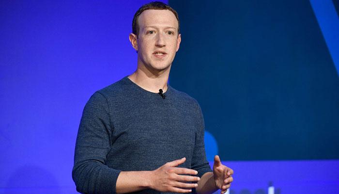 مارک زاکربرگ، برنامهنویس و بنیانگذار فیسبوک