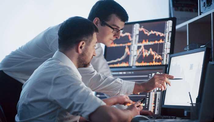 راهبردهای سرمایهگذاری صندوق پوشش ریسک