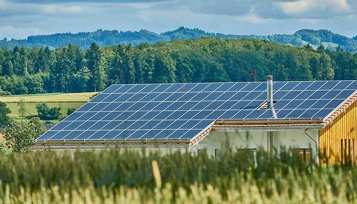 آیا استخراج بیت کوین با انرژی خورشیدی توجیه اقتصادی دارد؟
