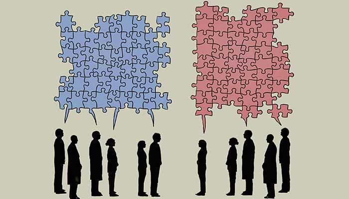 هرگاه مردم در حال بحث و گفتگو در رابطه با ایدهها هستند، قبیلهگرایی یک هنجار است نه یک استثنا