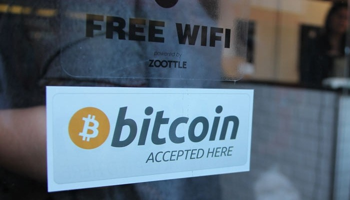 Popular Bitcoin Tag: Bitcoin is accepted here.