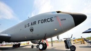 نیروی هوایی آمریکا با شرکت تحلیل بلاک چین قرارداد ۸۰۰ هزار دلاری امضا کرد