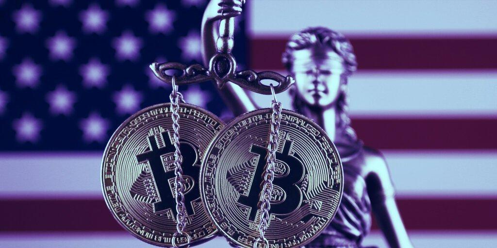 هشدار SEC و CFTC درباره ریسکهای معاملات آتی بیت کوین