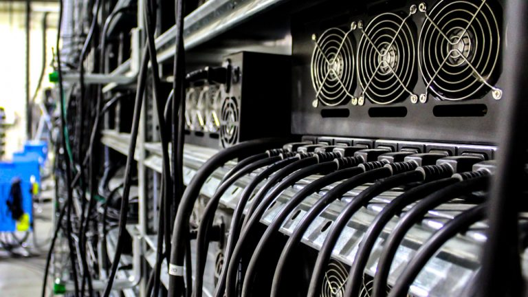 روند نزولی قدرت پردازش شبکه بیت کوین ادامه دارد