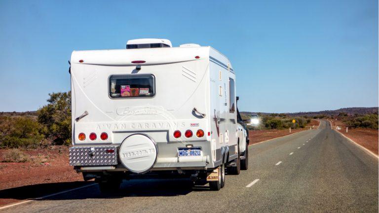 خودروی مزایدهای در حراجی لویدز استرالیا با ارزهای دیجیتال خریداری شد