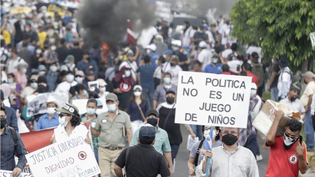 مردم السالوادور به شکل گستردهای در حال تبدیل بیت کوینهایشان به دلار هستند